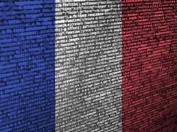 Drapeau français avec ligne de code